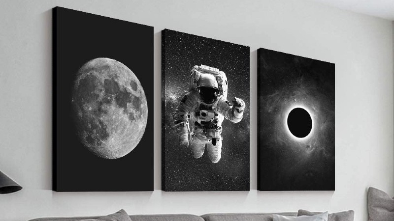 Space themed decor for walls